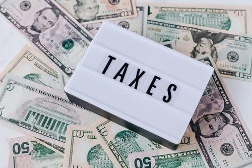 Práce daňových poradců